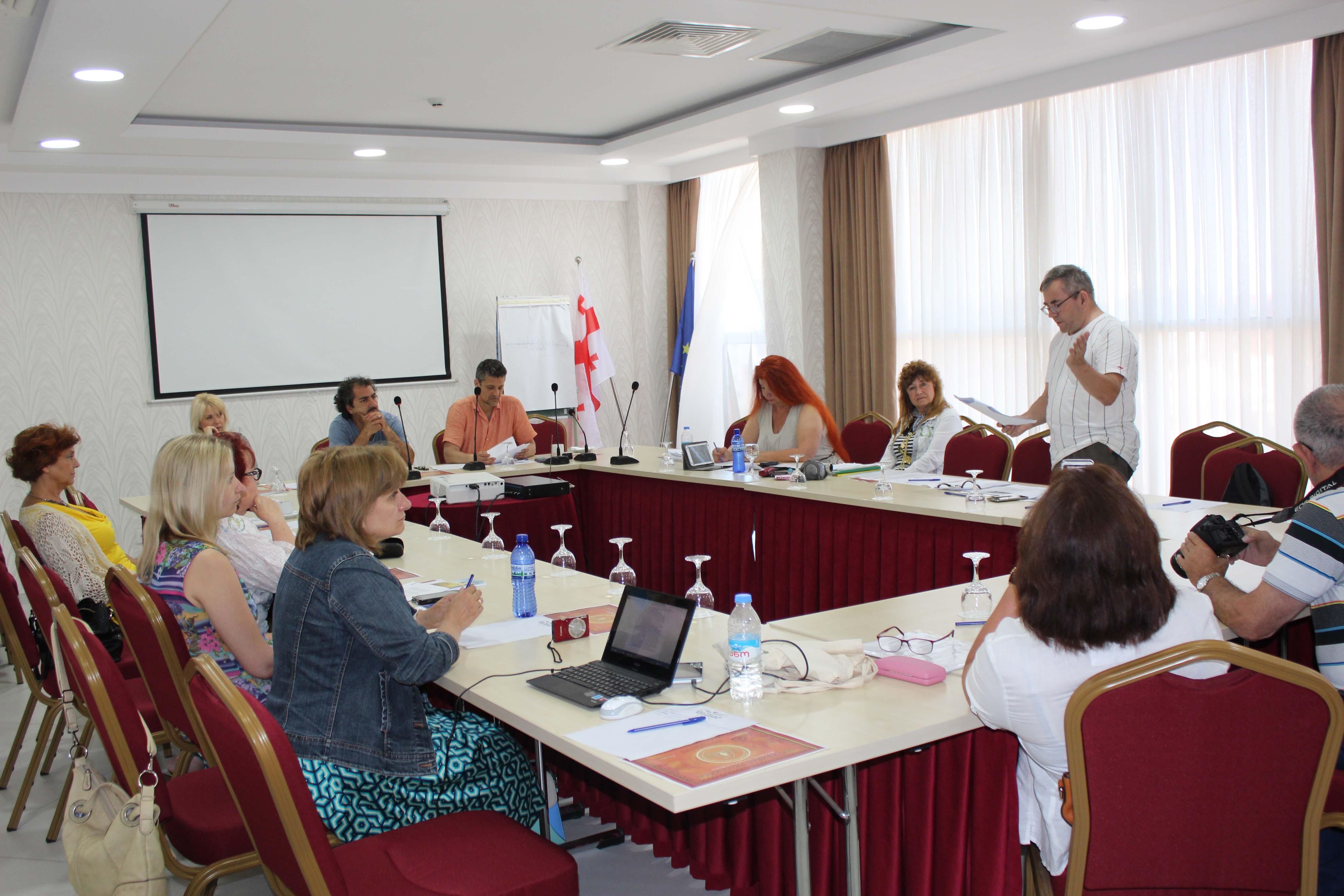 состоялись литературные чтения, презентации проектов и книжных новинок, общение с коллегами и собратьями по перу
