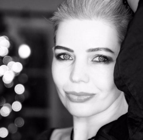 Татьяна Синдеева-Бурова: Исцеление души стихами…