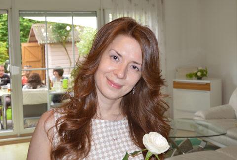 Юлия Ольшевская-Хатценбёллер: La bohème, перо Жар-птицы Стравинского и Серебряный век как Instagram