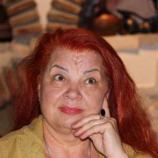 Валентина Бендерская: О чём бы ни писал поэт, он всегда самообнажается…